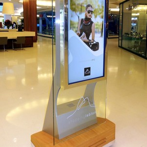 Comprar totem touch screen